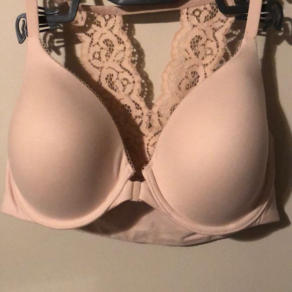 Body by Victoria bra, front close 34D, beige/cream
